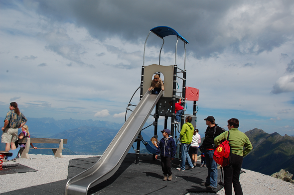 Kids playground in the clouds, @Kitzsteinhorn
