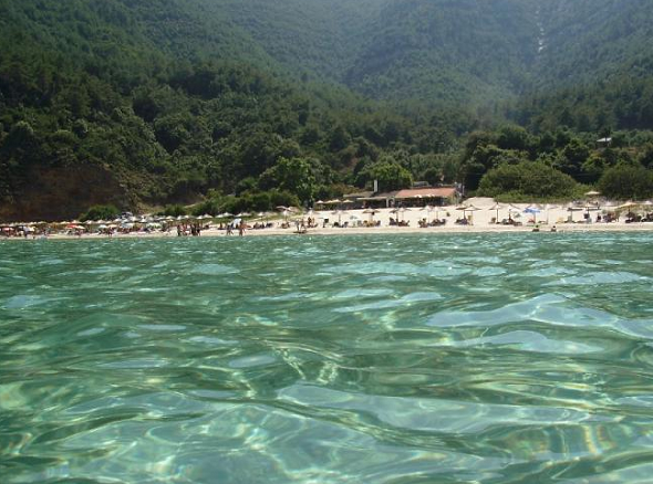 Paradise beach: shallow waters, great for kids