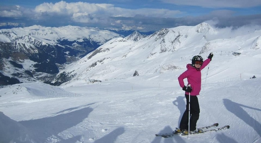Perfectly groomed, wide and non-populated ski runs in Zillertal.. amazing